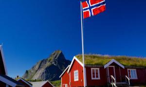 norwegia-domek-flaga